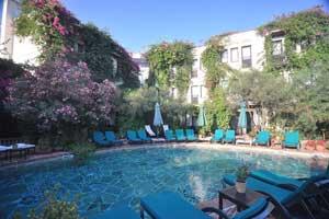 El Vino Hotel Suites